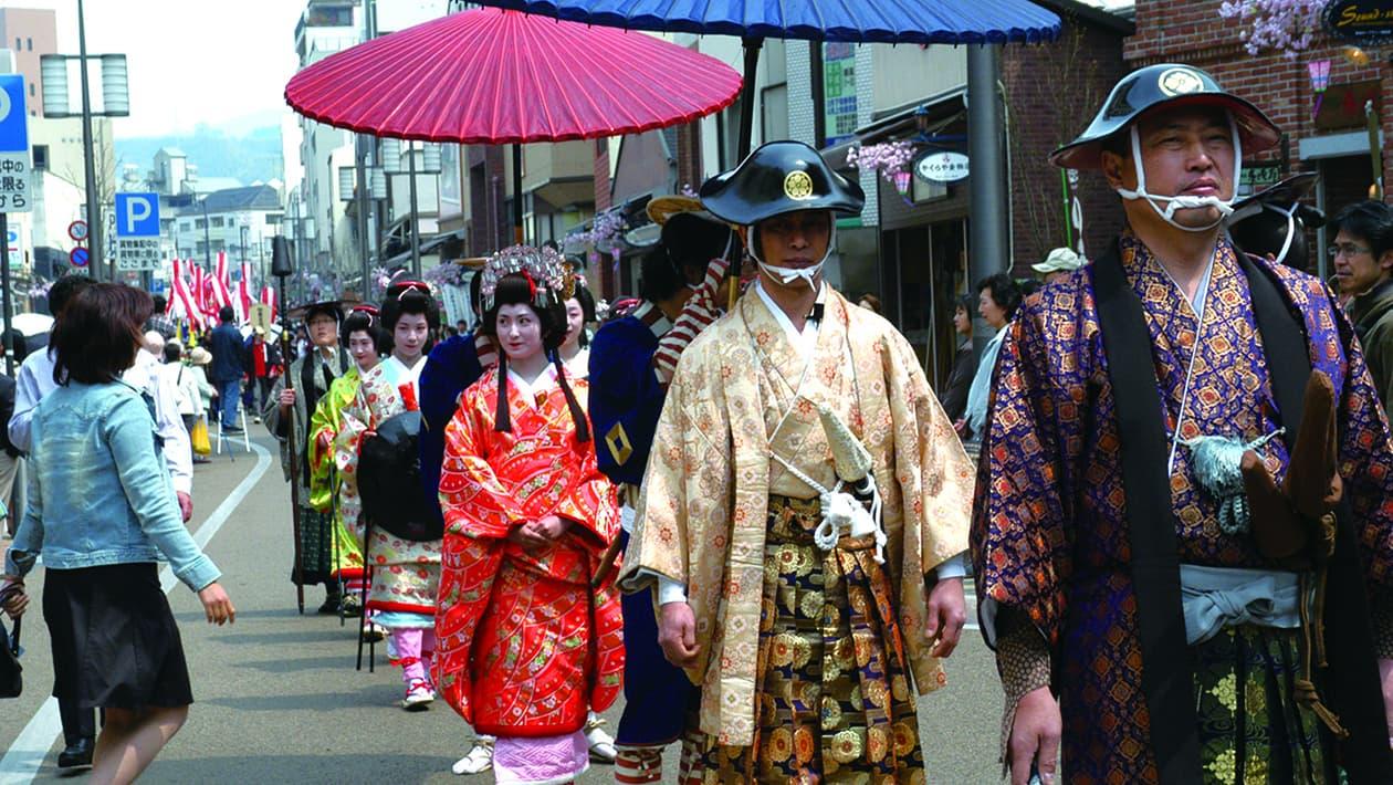松山春季祭典(城祭典)